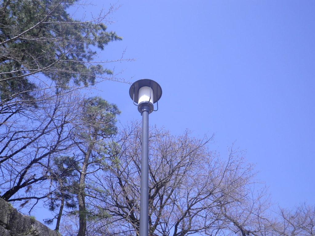 名古屋城の照明灯器具アップ