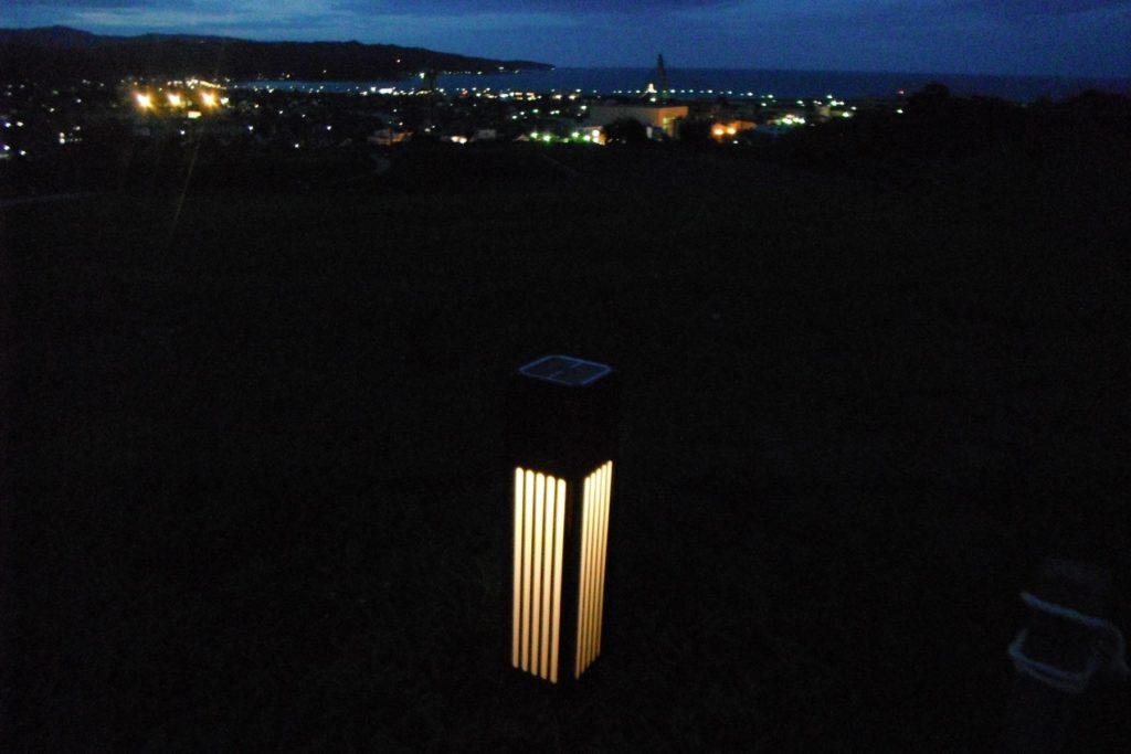 氷見市 朝日山公園 ソーラーフットライト