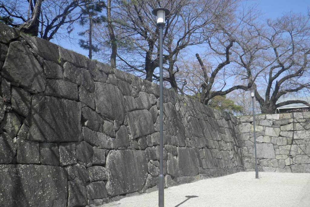名古屋城 照明灯
