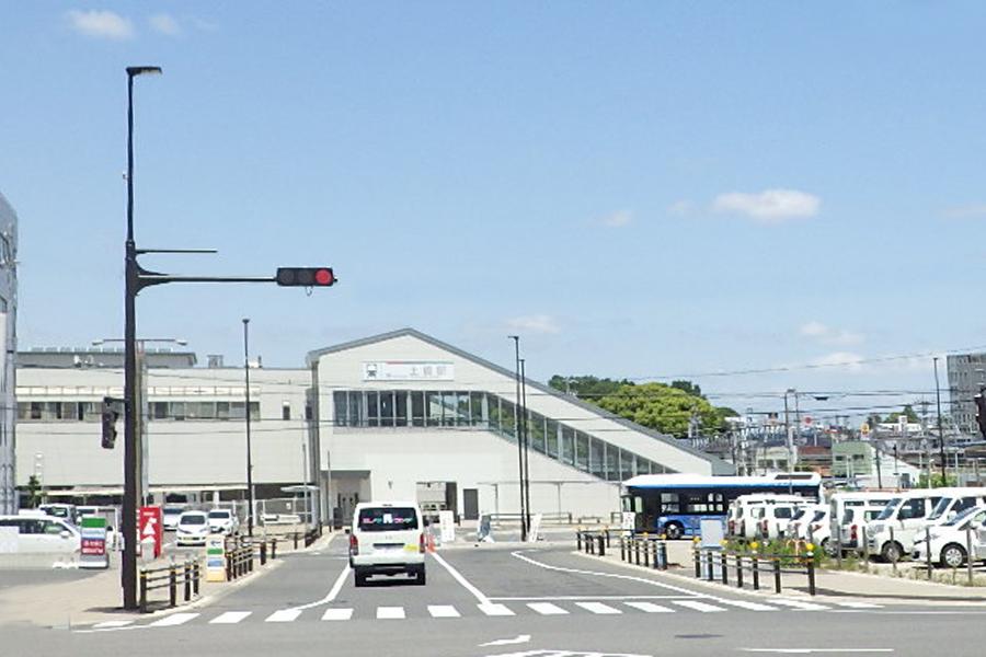 豊田市土橋駅前 統合柱