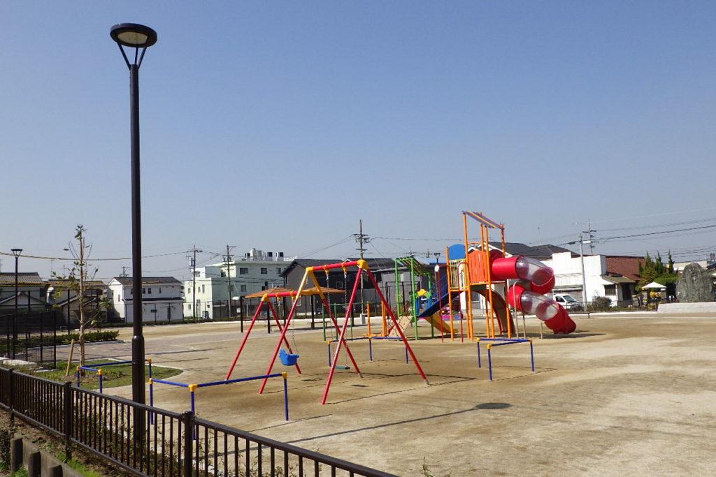 東海市姫島公園の公園灯